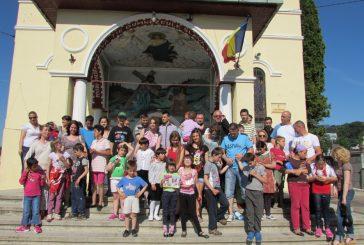 """Final proiect  """"Fetiţa cu chibrituri"""", în Parohia """"Adormirea Maicii Domnului"""" din Cluj"""