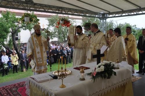 Resfintirea bisericii din Fizes 8