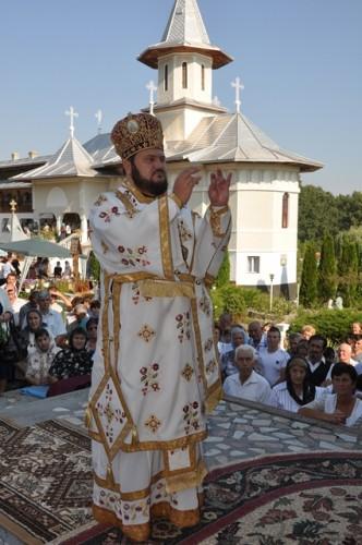 Hramul Manastirii Bic 5