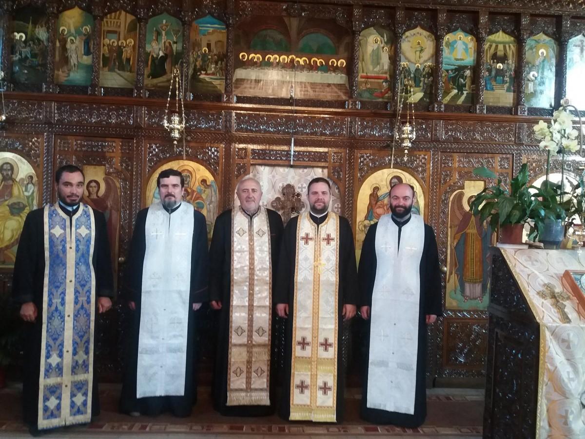 Cerc preoţesc şi instalare de preot la Huedin