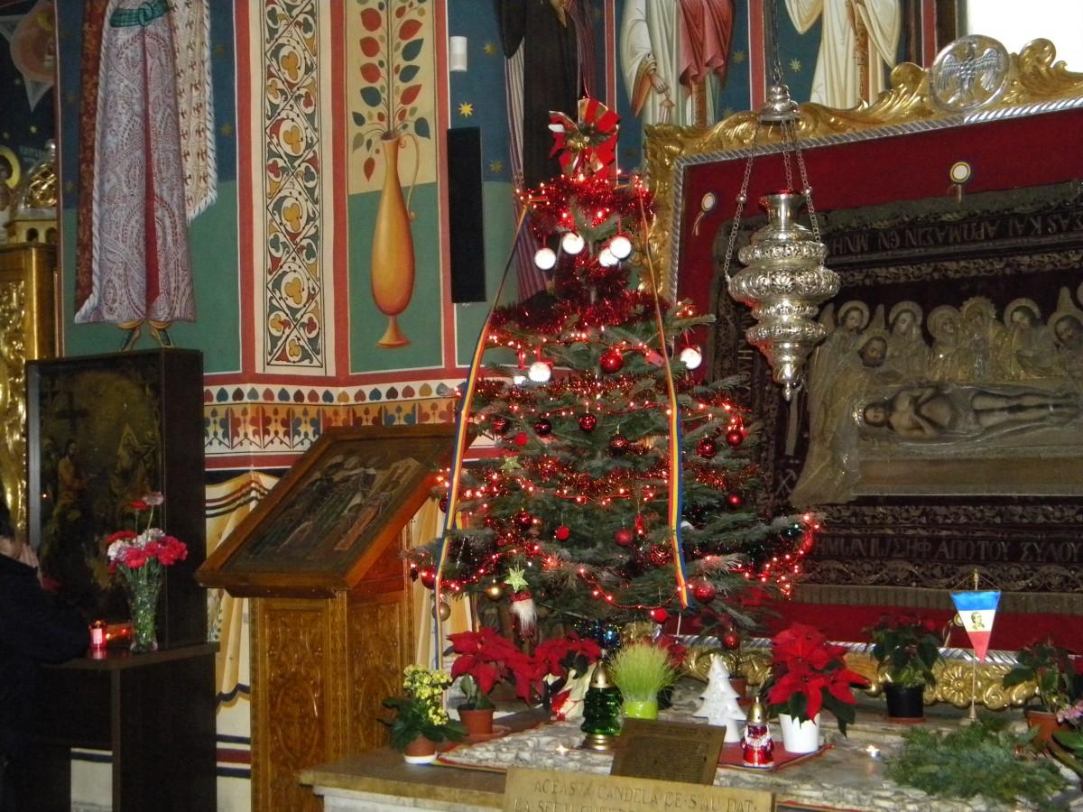 <span style='color:#B00000  ;font-size:14px;'>Sfinţii Părinţi, contemporanii noştri (Pr. Cătălin Pălimaru)</span> <br> Perioada pregătitoare pentru Crăciun</p>