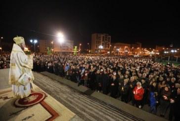 15.000 de credincioşi au participat la slujba Învierii, oficiată de PS Iustin