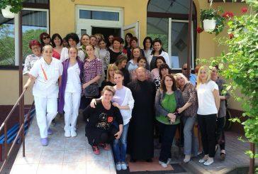 """Schimb de experiență, la Centrul """"Sfântul Nicolae"""" din Mociu"""