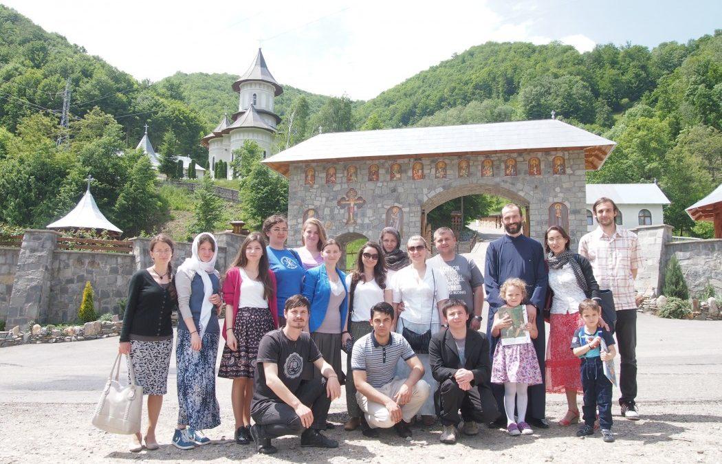 """Întâlniri catehetice pentru tinerii parohiei """"Buna Vestire"""" din Cluj-Napoca"""