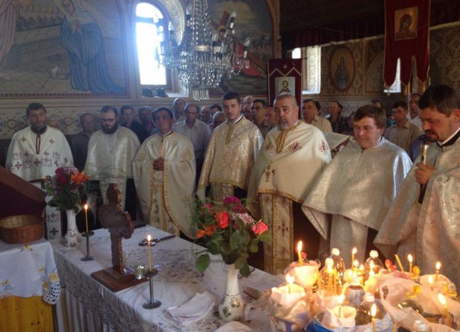 Preoții din zona Ciceului s-au întâlnit duminică în parohia Lelești din protopopiatul Beclean