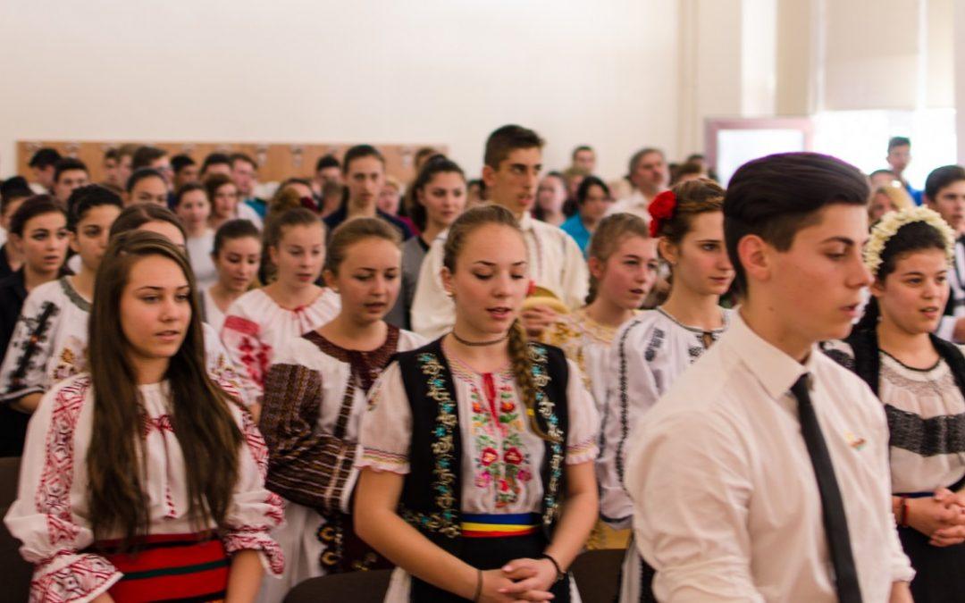 Spectacol folcloric, la Seminarul Teologic Ortodox din Cluj-Napoca
