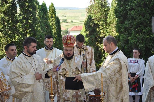 Resfințirea bisericii din Parohia Sălăjeni