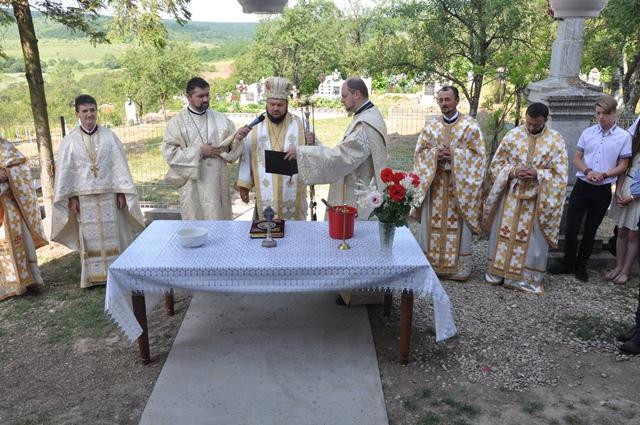 Resfințirea bisericii din localitatea Dumuslău, Episcopia Sălajului