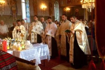 Comunitatea din localitatea Bonț a sărbătorit hramul bisericii