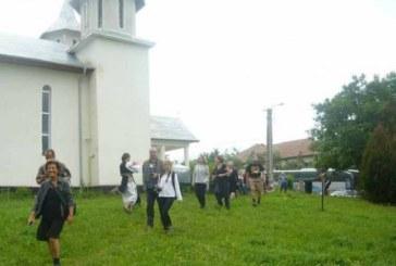 Turiști americani, în vizită în parohia Berchieșu