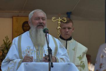"""Mitropolitul Clujului: """"Puțina credință în Dumnezeu îi face pe oameni să divorțeze atât de ușor"""""""