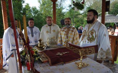 Liturghie Arhierească în Parohia Meseșenii de Sus