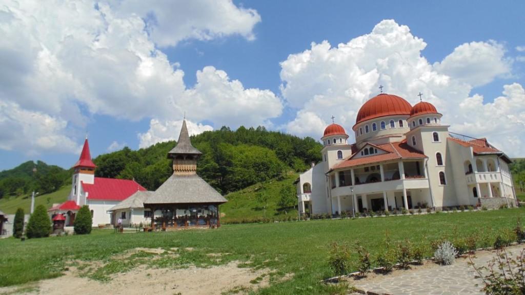 Adunarea Generală a Federației Organizațiilor Ortodoxe Pro-Vita din România, la Mănăstirea Cășiel