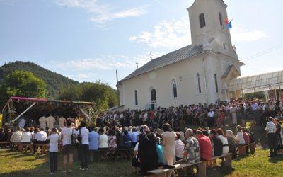 Biserica din Brâglez, târnosită de Preasfințitul Petroniu