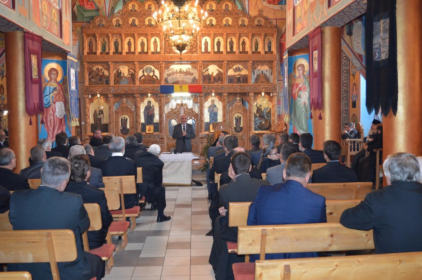 Mediul și societatea, bolnavii și activitățile cu tinerii, în atenția preoților din Arhiepiscopia Clujului