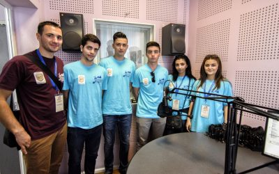 Tineri sirieni  și iordanieni, în vizită la Radio Renașterea