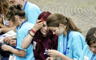 Ateliere, teatru și muzică, pentru tinerii europeni veniți la Cluj