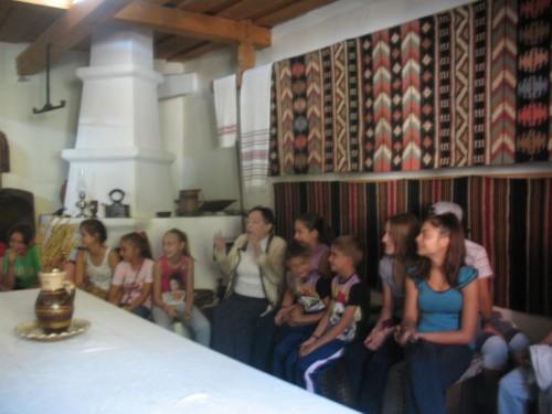 Tinerii ortodocși din Chintelnic, în excursie la Vatra Dornei