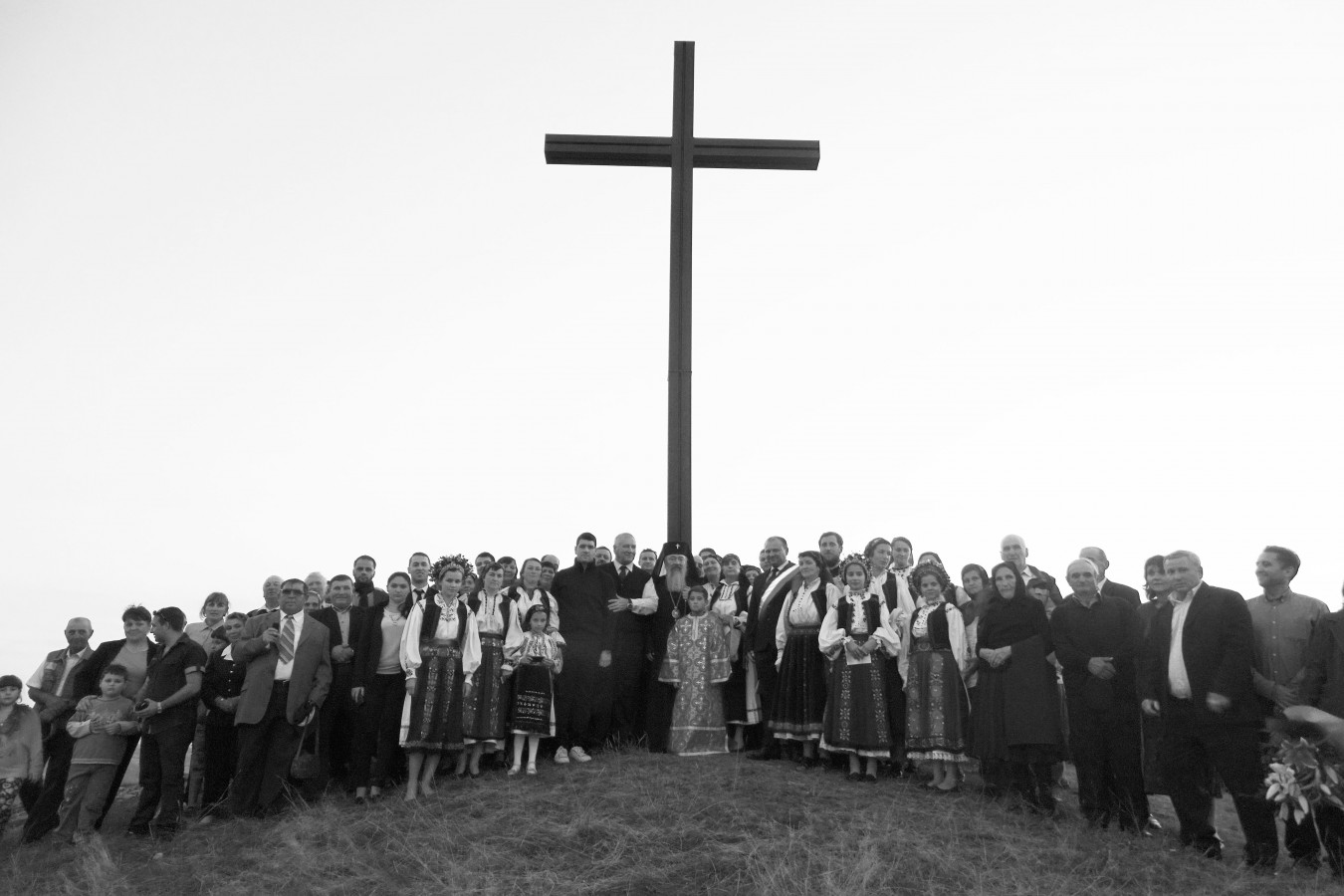 Cruce sfințită pe Dealul Măgura, de Mitropolitul Clujului