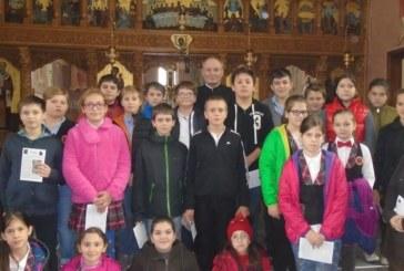 O altfel de oră de religie, pentru copiii de la școala Constantin Brâncuși din Cluj