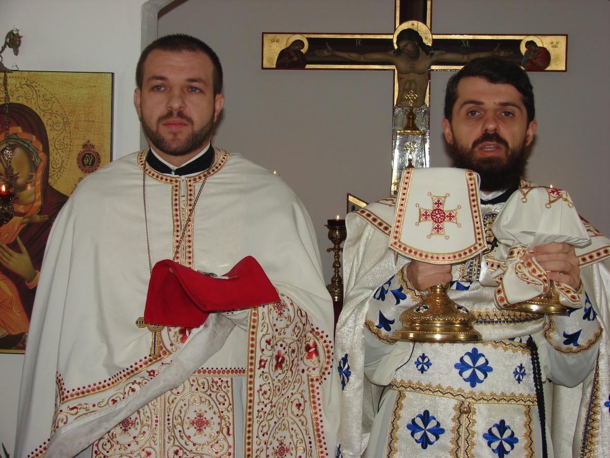 Ieromonahul Benedict Vesa, în mijlocul credincioșilor din Dej