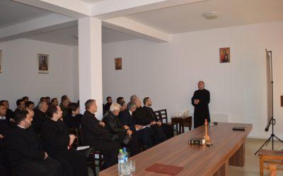 Părintele Profesor Stelian Tofană, prezent la ședința lunară din Protopopiatul Dej
