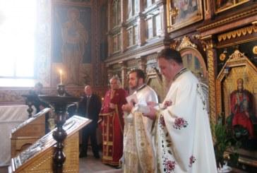 Biserica din Chintelnic, în sărbătoare