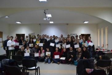 Tabără de pregătire a tinerilor volutari, la Sângeorz-Băi