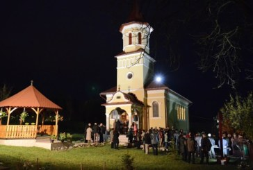 Sărbătoare de hram la Băița, cu participarea ÎPS Andrei