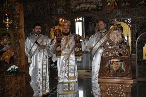 Liturghie Arhierească la Mănăstirea Bobota