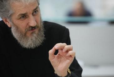 """<span style='color:#B00000  ;font-size:14px;'>Interviu</span> <br> Preotul Vasile Gavrilă: """"Sfântul Nectarie Taumaturgul, omul care a trăit ca un înger în trup""""</p>"""