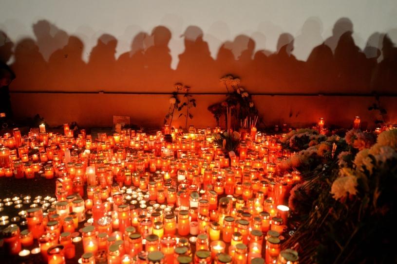 Peste 250.000 de lei strânși de Arhiepiscopia Clujului pentru victimele din Colectiv