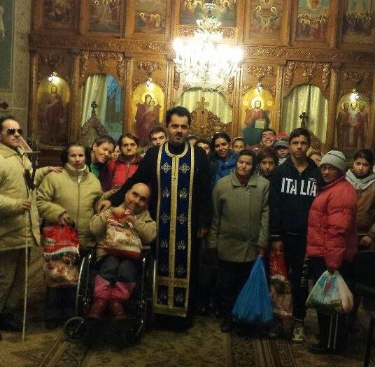 """Evanghelie aplicată la Biserica """"Sfinții Trei Ierarhi"""" din Bistrița"""