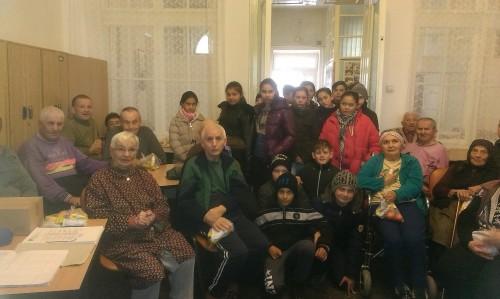 """La Centrul de Îngrijire și Asistență """"Sfântul Nicolae"""" din Mociu, """"dar din dar se face Rai""""!"""
