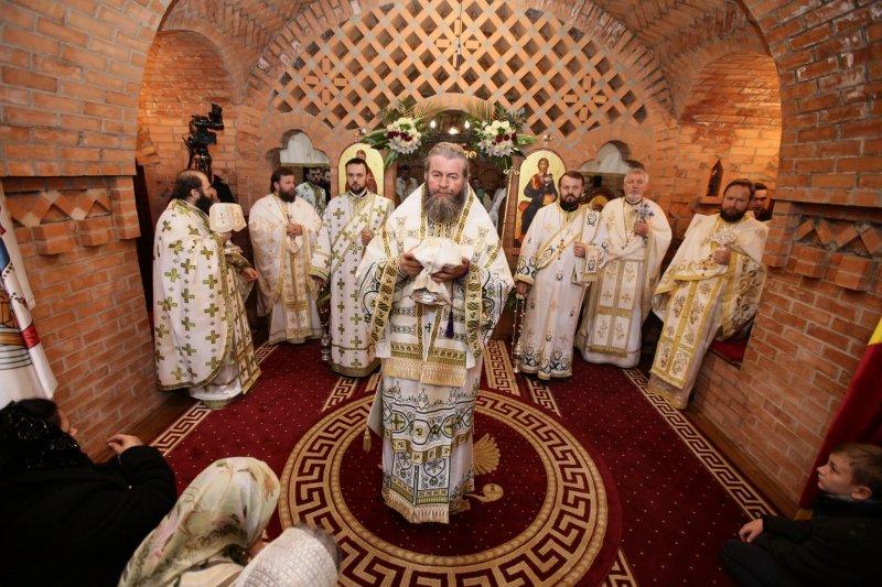 Hram la Mănăstirea cea mai vestică din ţară