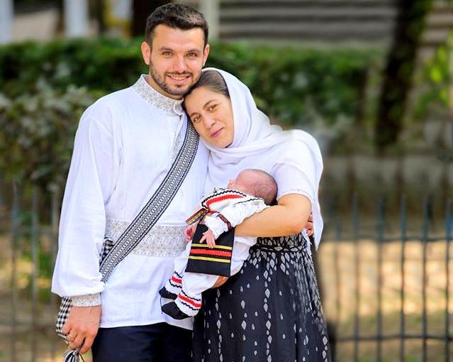 Patriarhul României îndeamnă la susţinerea familiei tradiţionale, formate din bărbat și femeie