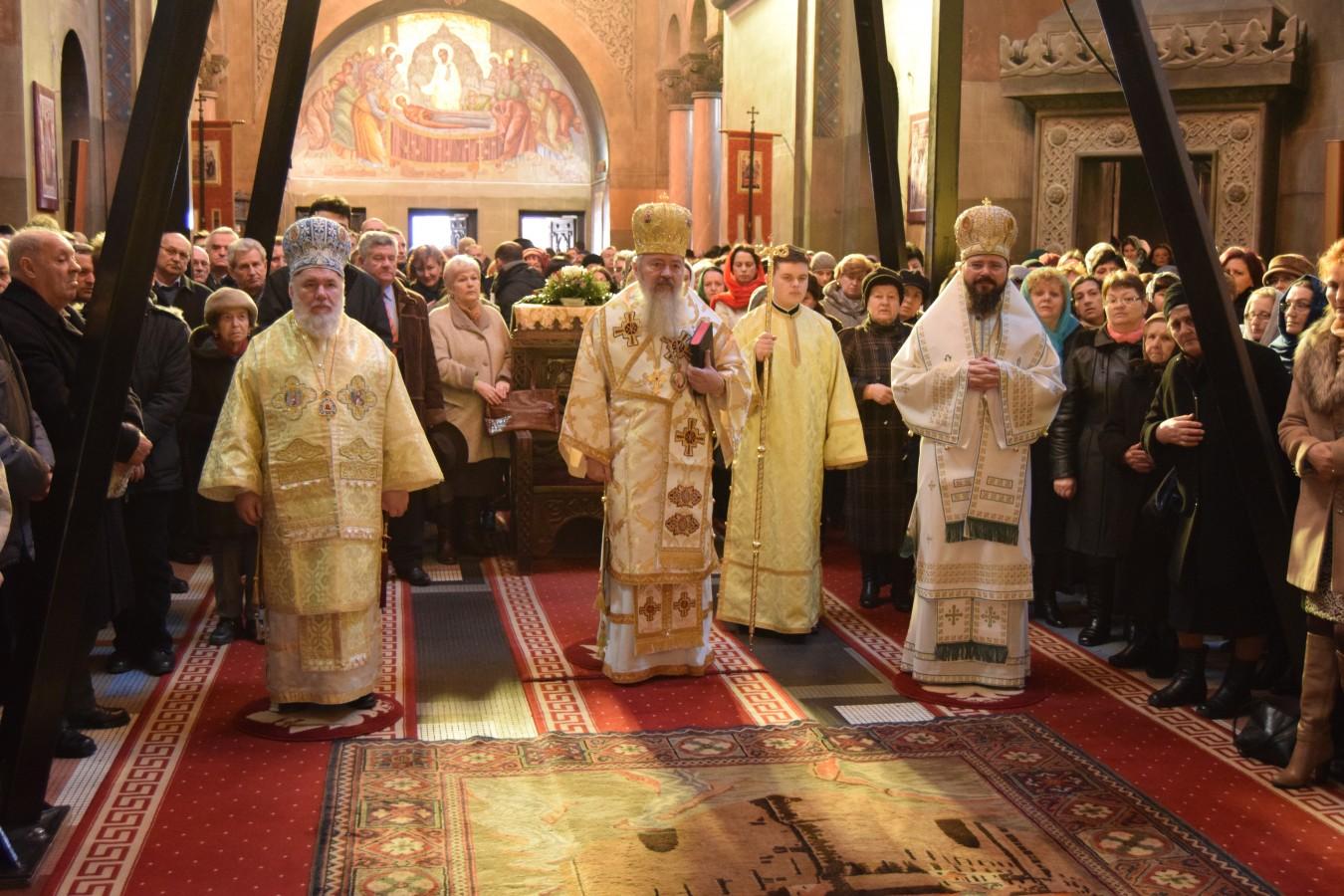 Liturghie Arhierească în Catedrala Mitropolitană din Cluj, la comemorarea a 80 de ani de la mutarea în veșnicie a Episcopului Nicolae Ivan