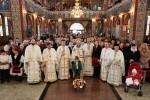 Liturghie Arhierească în biserica din Tăuţii de Sus
