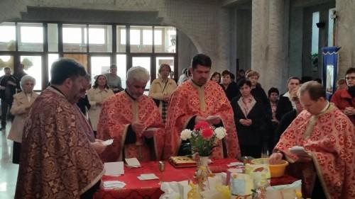 Serile duhovnicești organizate în Postul Mare de parohia Nașterea Domnului, prilej de cunoaștere și rugăciune