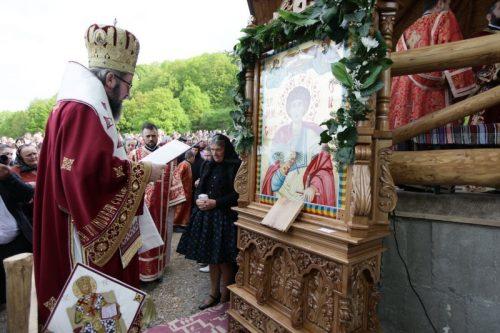"Hram la Schitul ""Sf. Mare Mucenic Gheorghe"" din Turț Băi"
