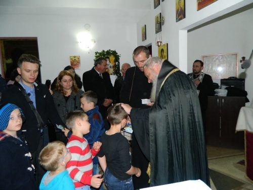 Slujba Deniei de Luni seara, în parohia Sf. Ap. și Ev. Marcu din Florești