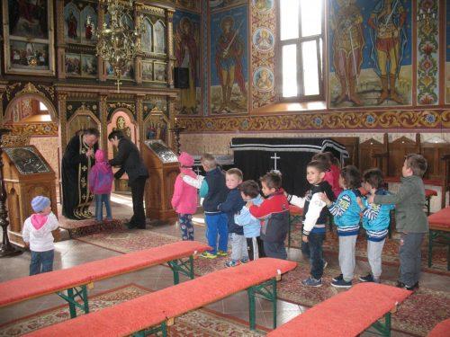 Școala Altfel, prilej de a cunoaște Biserica și pe Dumnezeu