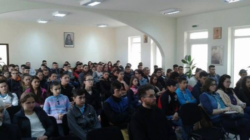 """Conferință pentru tineri la Sîngeorz-Băi, în săptămâna """"Școala altfel"""""""