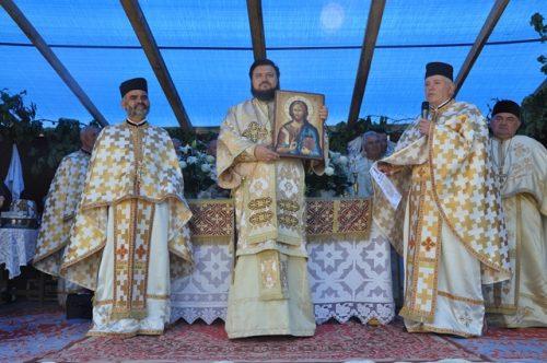 Resfințirea bisericii din Parohia Lemniu