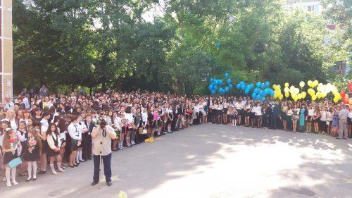 """Parteneriat între Asociația Tinerilor Creștini Ortodocși Bistrița și Liceul Teoretic """"Mihail Berezovschi"""" din Chișinău"""
