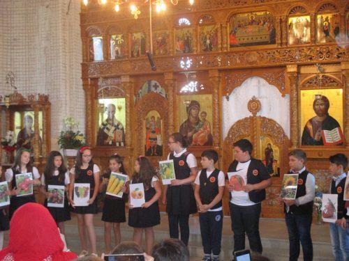 """Festivitate de premiere a elevilor participanți la Concursul """"Hristos, ajutorul meu"""""""