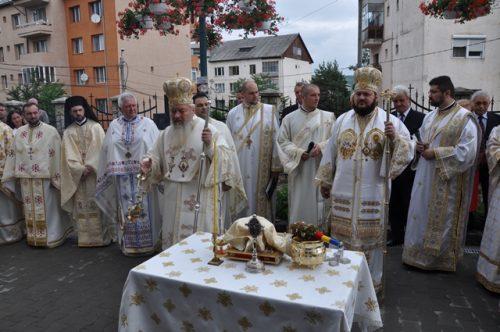 """Târnosirea bisericii """"Pogorârea Sfântului Duh"""" din Zalău"""