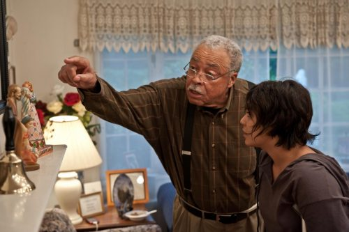james-earl-jones-and-vanessa-hudgens-in-gimme-shelter-(2013)-large-picture
