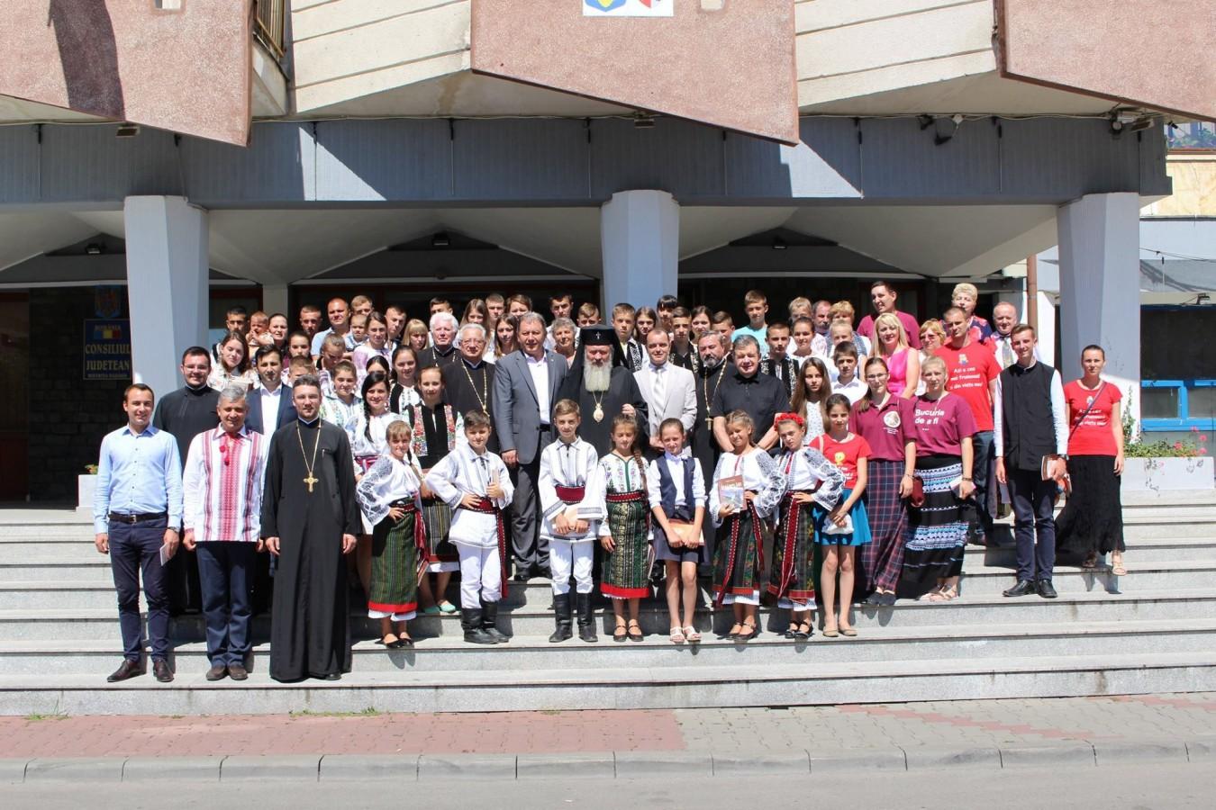 Înaltpreasfințitul Andrei s-a întâlnit cu un grup de copii din Cernăuți