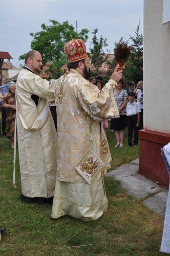 Resfințire de biserică în localitatea Lompirt